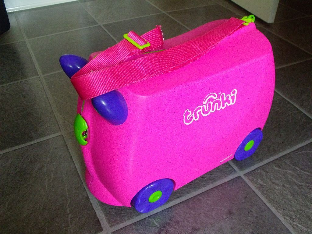 CHILDRENS RIDE ON PULL ALONG TRUNKI SUITCASE IDEAL FOR  : 86 from www.gumtree.com size 1024 x 768 jpeg 137kB