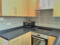 Fully furnished double room to rent / let Castleford town centre – ALL Bills included – No Fees