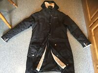 REGATTA GREAT OUTDOORS lined 3/4 length coat. Top & bottom zip openings. SMALL SIZE 16.