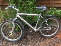 Mens mountain bike aluminium