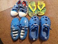 Kids shoes size8/9