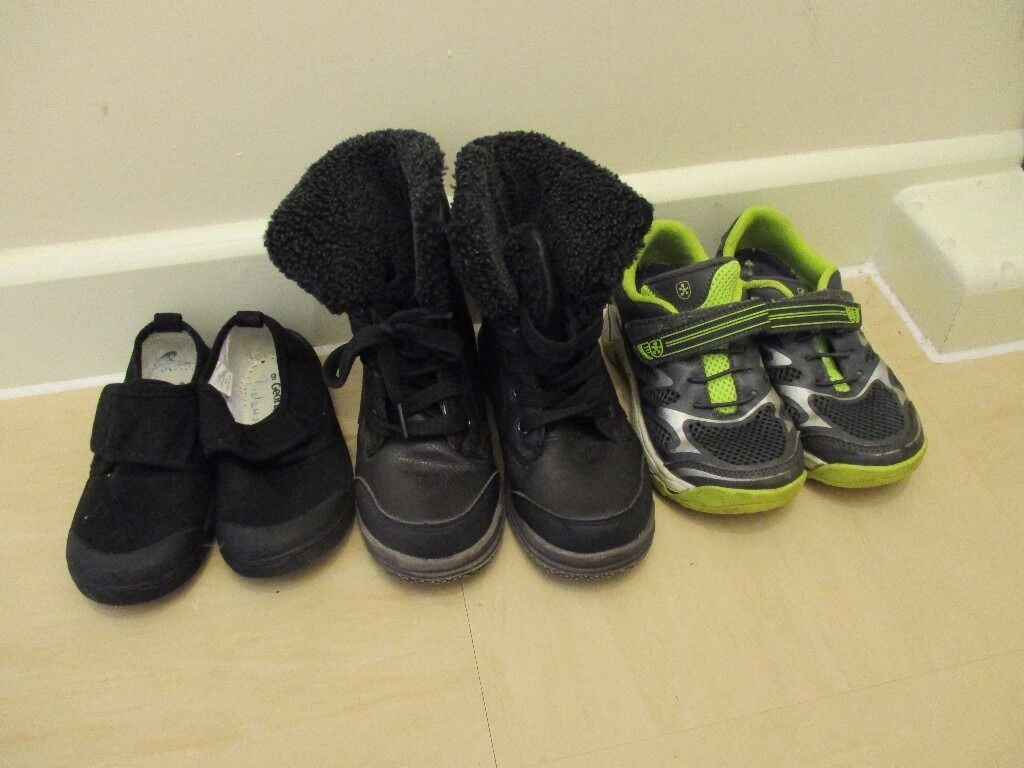 Shoes 10UKin Poole, DorsetGumtree - Shoes size 10UK. All in excellent condition. Smoke free, pet free home. Collection please
