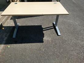 3 x 140 x 80 cm high quality desks on clearance just £30 each Only!!
