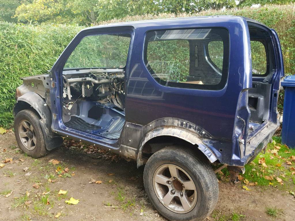 2006 suzuki jimny vvt rolling chassis and empty body shell and 5 wheels and tyres