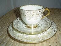 VINTAGE TEASET PLANT TUSCAN CREAM & GOLD WEDDING CHINA FROM 1936