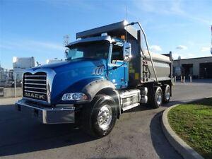2014 Mack GU813 GRANITE Tandem Dump Truck Oakville / Halton Region Toronto (GTA) image 2