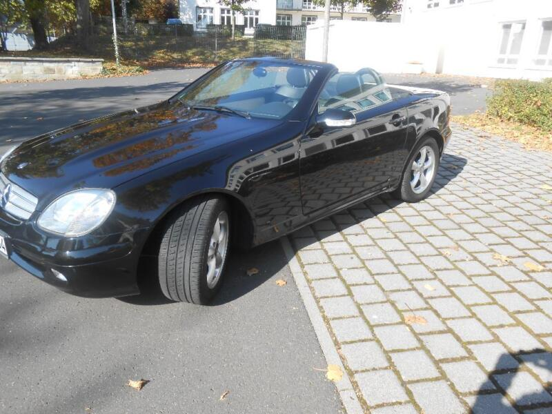 mb slk 200 kompressor topzustand in hessen wiesbaden mercedes slk gebrauchtwagen ebay. Black Bedroom Furniture Sets. Home Design Ideas
