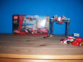 LEGO Disney Cars 8423: World Grand Prix Racing Rivalry