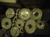 old dinner service hunting scene 33 pieces