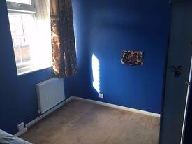 Single room to rent near Heathrow airport