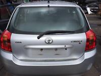 BREAKING TOYOTA COROLLA SILVER - all spares available- tailgate? Rearlight? Lock set? Seatbelt?