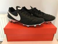 Nike Tiempo Football Boots (firm ground)