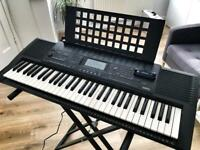 YAMAHA PSR-320 keyboard