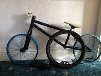 Verde eon 2011 frame and wheelset spares or repair. Project bmx. Wethepeople seat. xposure topload