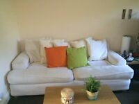 Comfortable White Sofa (200cmx100cmx70cm)