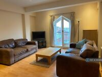 3 bedroom flat in Commonhall Street, Chester, CH1 (3 bed) (#1083292)