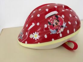 Minnie Mouse girls cycle helmet