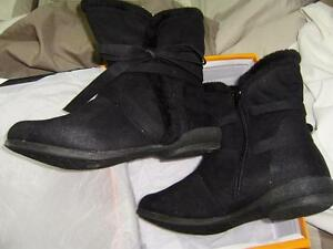 woman's size 9 52-697 black carrini boots