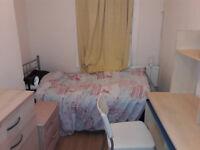 * Single room in South Tottenham / Seven Sisters *