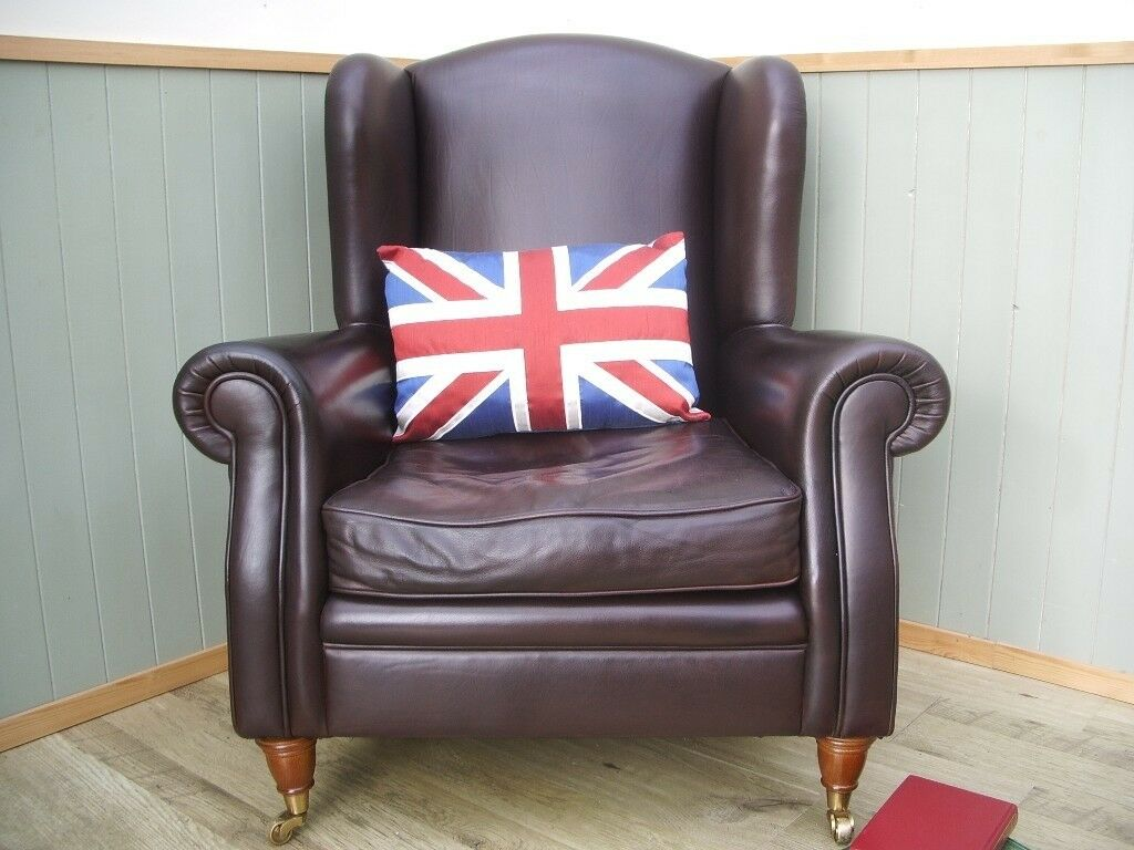 Stunning Brown Leather Laura Ashley Style Queen Chair.