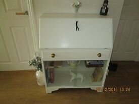 BUREAU WRITING DESK / DISPLY BOOK CASE PAINTED LAURA ASHLEY COUNTRY WHITE