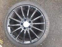 Mercedes amg alloy £100 with tyre