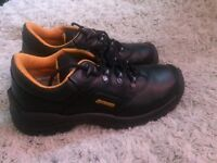 Brand new Truckers safety shoes