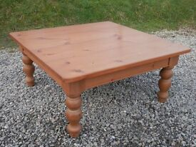 Large heavy farmhouse pine coffee table with turned legs