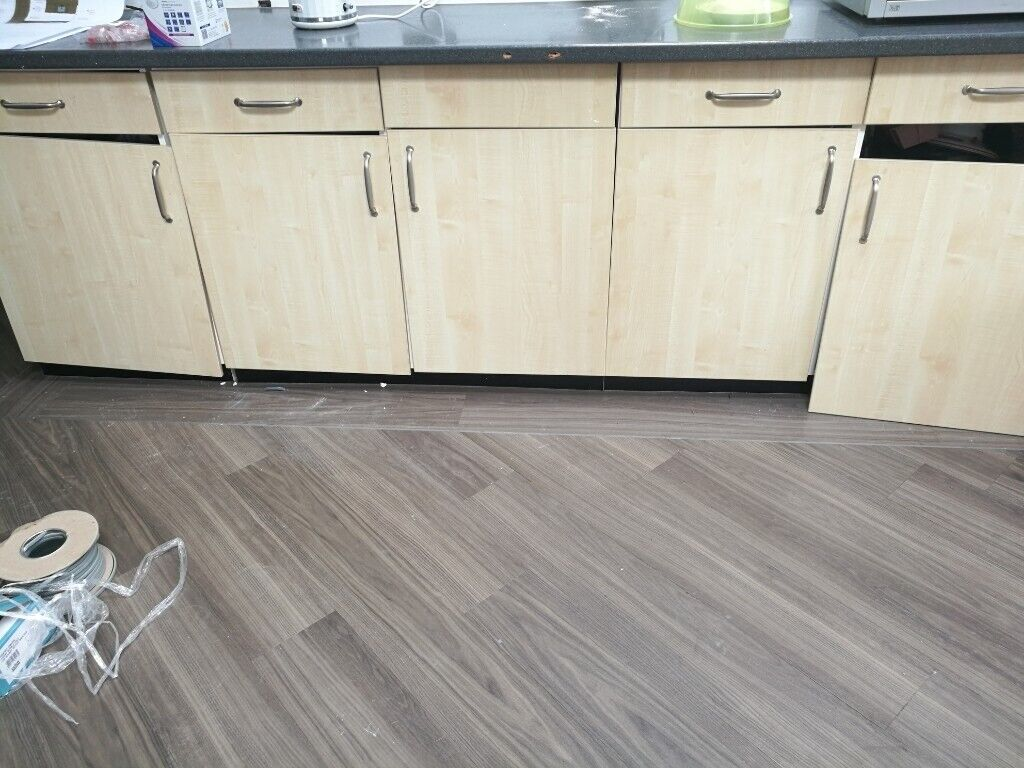 Kitchen Cabinets Worktop For Sale Offers Over 250 In Burnage