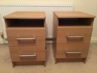BEDROOM FURNITURE (LARGE WARDROBE, 2 BEDSIDE UNITS& CHEST OF DRAWERS)
