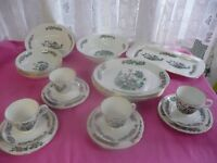Bone China Dinnerset for 4 people Indian Tree Pattern 23 pieces