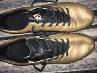Messi Golden Astro Football boots Size 9