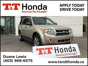 2012 Ford Escape XLT* One Owner, Heated Seats, Leather, Sunroof*