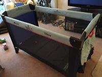 Hauck Childs or Baby Travel Cot Winne the Pooh theme