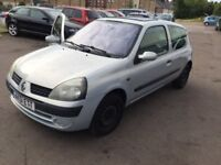2001 Renault Clio,1.2cc petrol,ac,cheap on petrol and insurance.