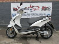 PIAGGIO FLY 50cc WHITE COLOUR 2013 ONLY£950
