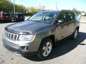 2012 Jeep Compass Sport LOW KM'S 4X4 NEW TIRES