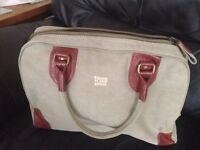 Troop London classic large canvas holdall (H35 X W54 X D24cm)