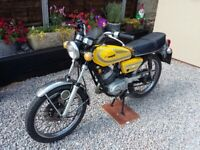 CLASSIC MOTOR BIKE FOR SALE - RS 125 DX 480 1976