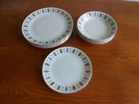 """Ridgway Fanfare """"White Mist"""" Plates and Bowls"""