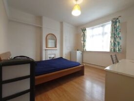 Newmalden Double Room