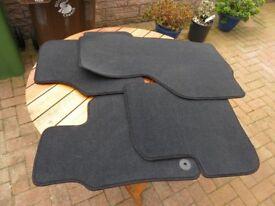 VW Passat 2011 series - Carpet Set (unused)