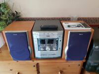 Phillips MZ-7 Mini Hi-Fi System with 3 CD autochanger, twin tapes, radio, speakers in wood cabinets