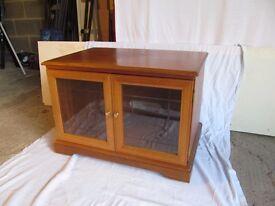 Legate TV stand/cupboard