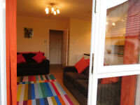 Delightful 1 bed main door ground floor flat in lovely residential area, part furnished for rent