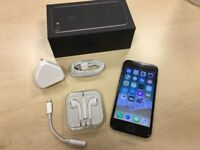 ***GRADE A *** Boxed Jet Black Apple iPhone 7 32GB Factory Unlocked Mobile Phone + Warranty