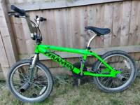 Piranha Xanadu BMX Stunt Bike