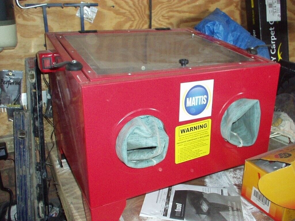 Blasting Cabinet and Soda Blaster works with most blasting media, using  aluminium oxide athe moment | in Sauchie, Clackmannanshire | Gumtree