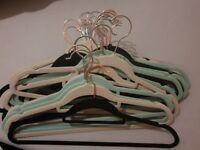 50 Non-slip velvet clothes hangers