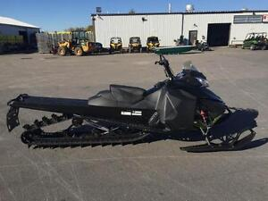 2016 Ski-Doo Summit sp 174 800 etec